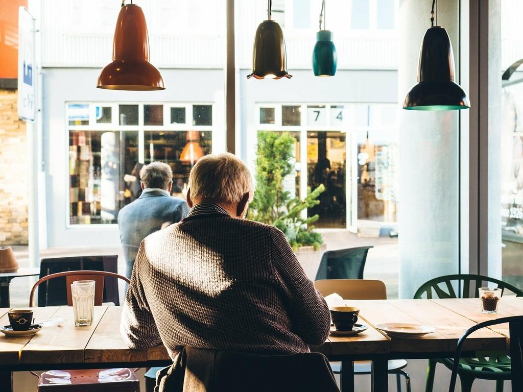 「獨立老」的退休生活原則-自立能力