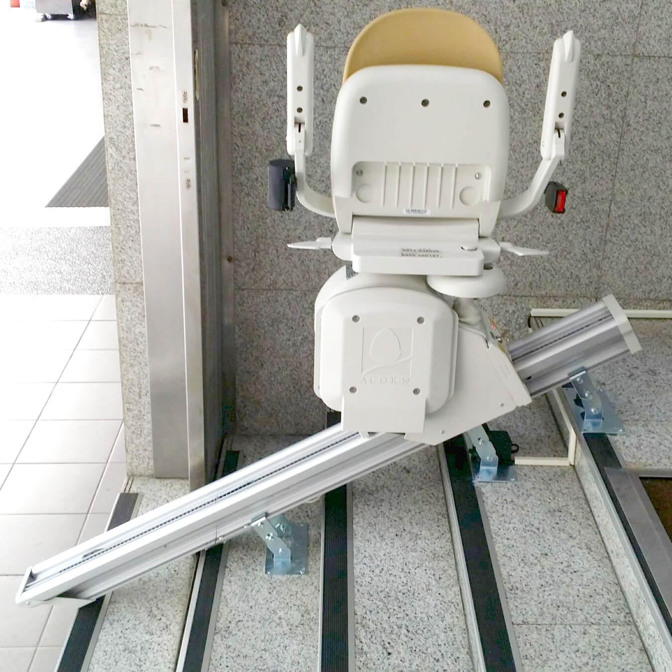 【升降椅案例】大台北牙醫診所