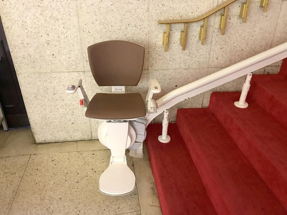 台北榮總醫院樓梯升降椅安裝