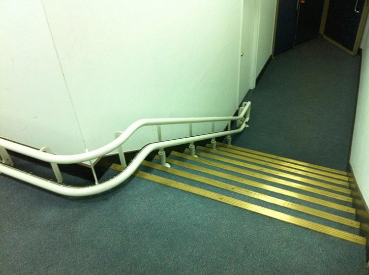 科博館樓梯升降椅