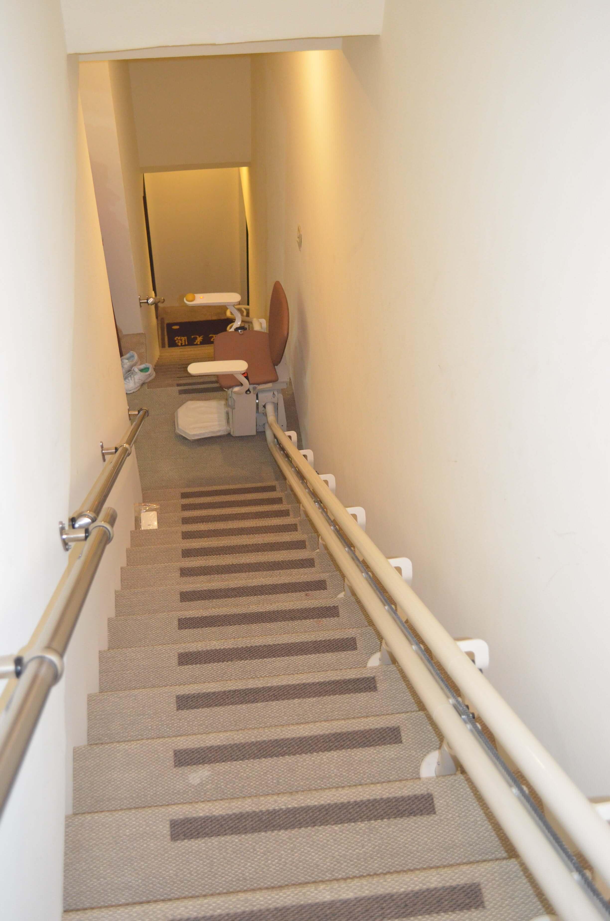直線型樓梯升降椅