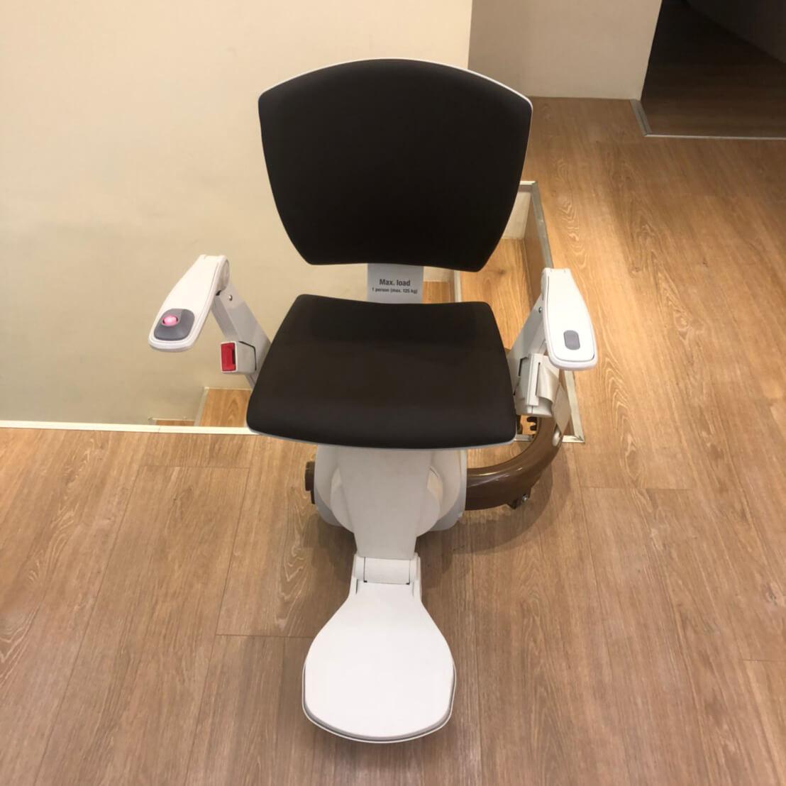 【升降椅案例】健欣骨科診所