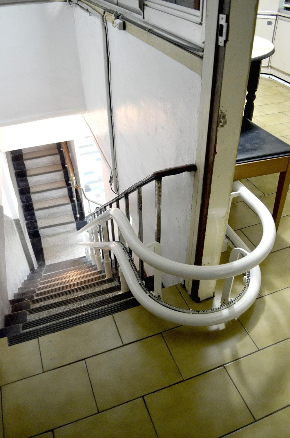 泓電樓梯升降椅,上下樓梯軌道