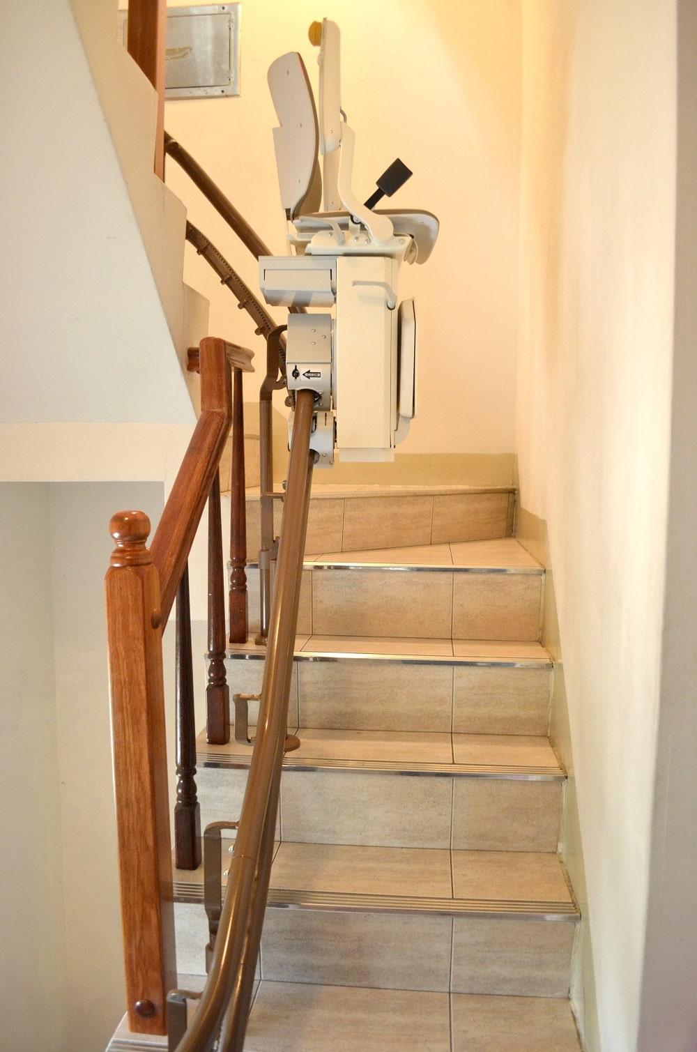 樓梯升降椅方便收納不占空間