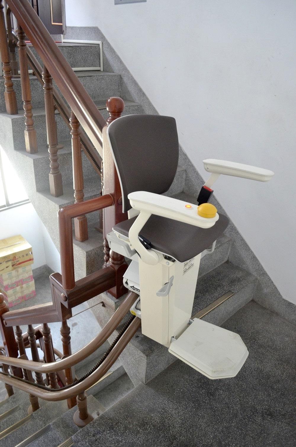 透天厝樓梯升降椅安裝