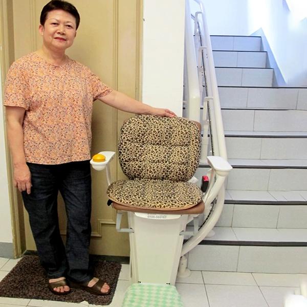 幸福居家好幫手 坐著爬樓梯 舒適又便利