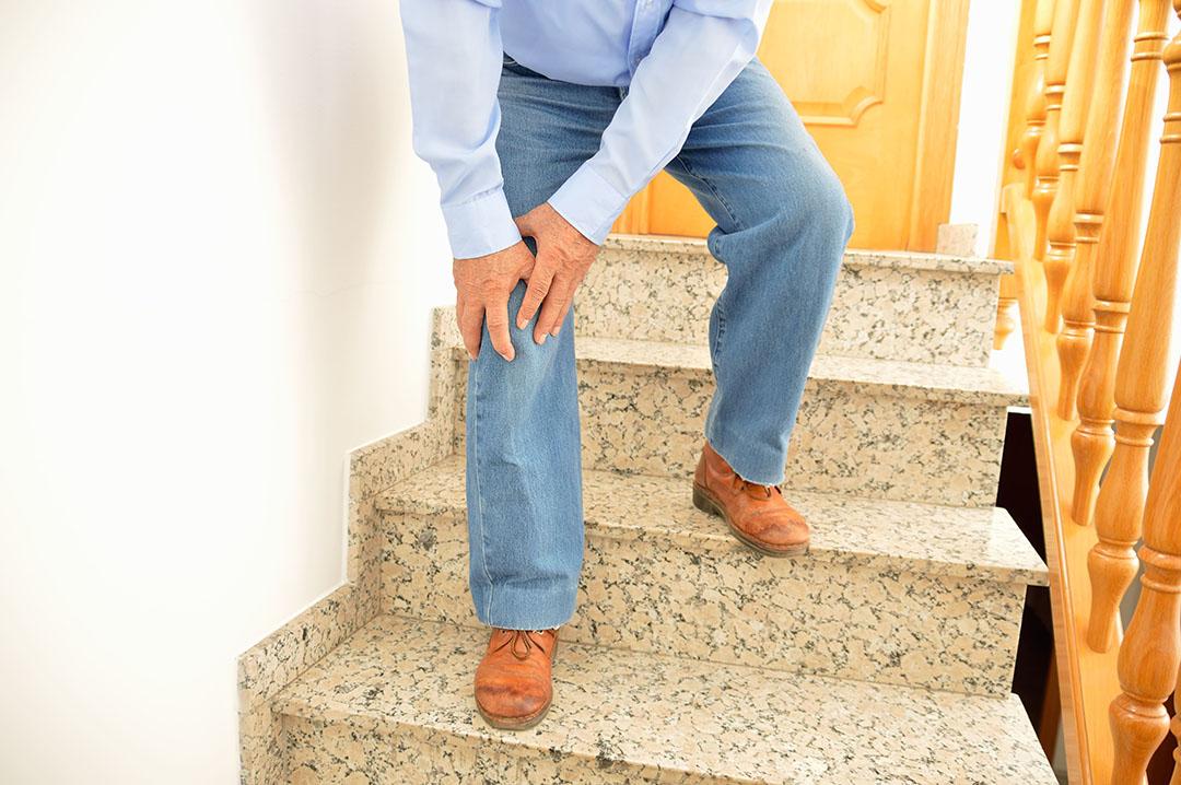 泓電樓梯升降椅照顧膝蓋的健康